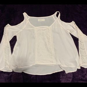 Abercrombie & Fitch cold shoulder blouse